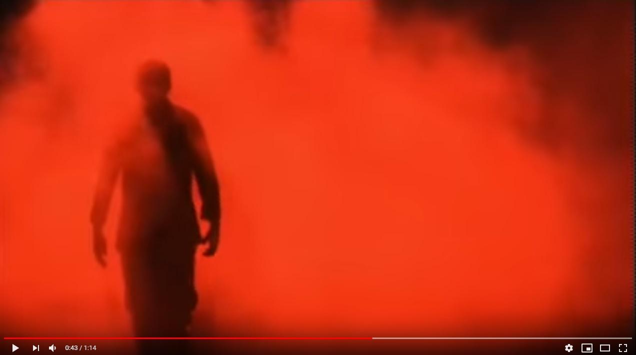 レッド・サンズ 呪われた兵士たちのシーン3