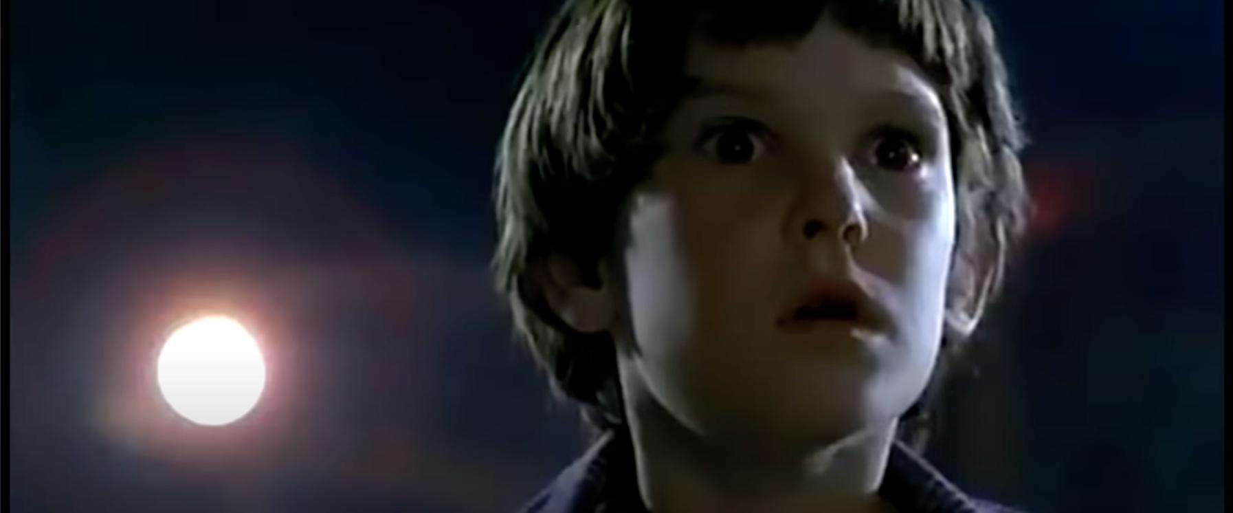 E.T. 20周年アニバーサリー特別版のシーン1